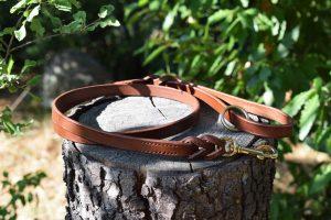 Guinzaglio intrecciato taglia M in cuoio da 100 cm largo 16 mm adatto a cani di taglia media.