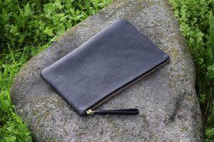 Pochette in pelle con zip 20 x 30 cm per everyday carry, tablet, iPad, smartphone, ereader